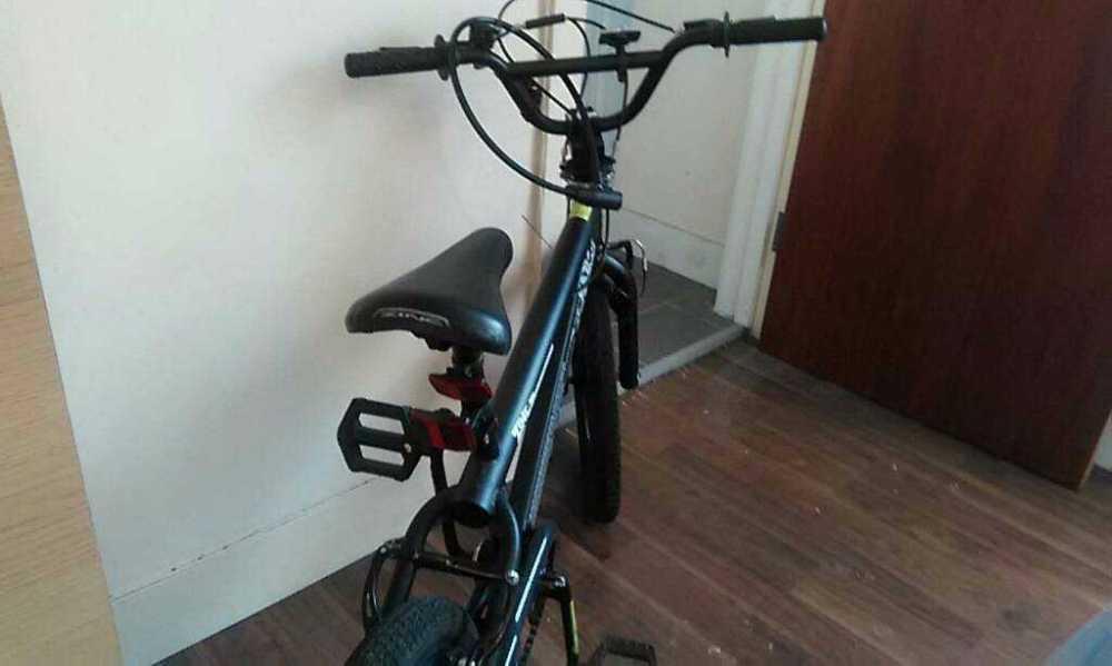 Black bicycle in london