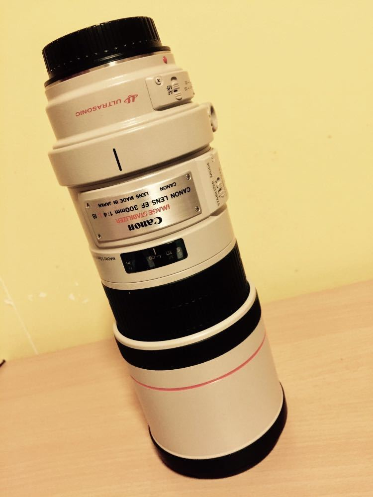 CANON EF 300 mm f/4.0 L IS USM Telephoto Prime Lens in london