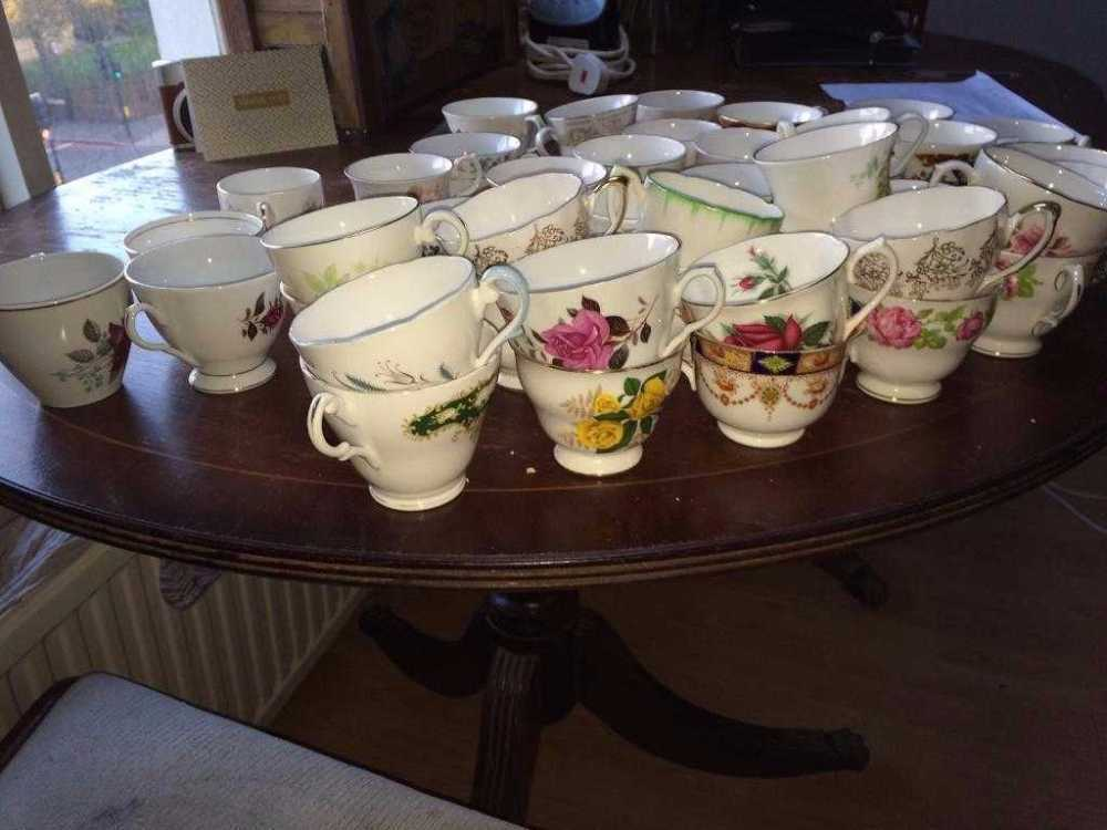china teacups, saucers, sideplates in london