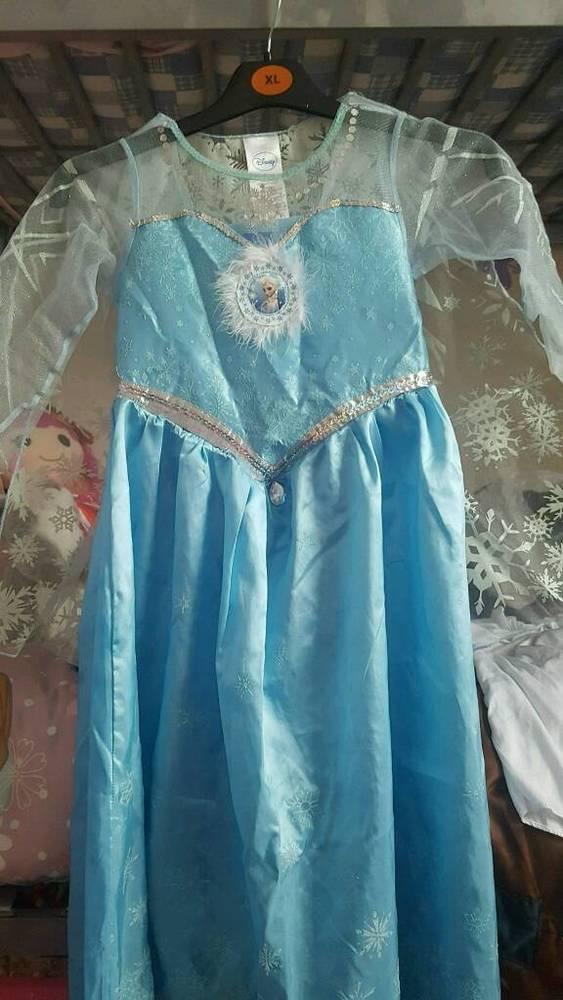 Frozen Elsa outfit (kids size) in london