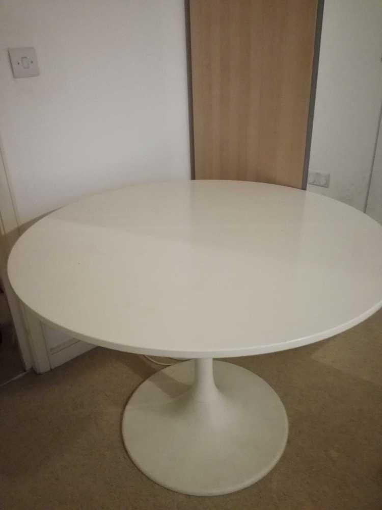 IKEA DOCKSTA WHITE TABLE in london