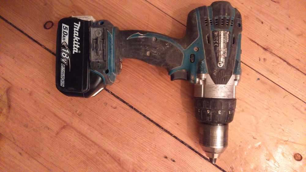 Makita Cordless Drill and battery in london