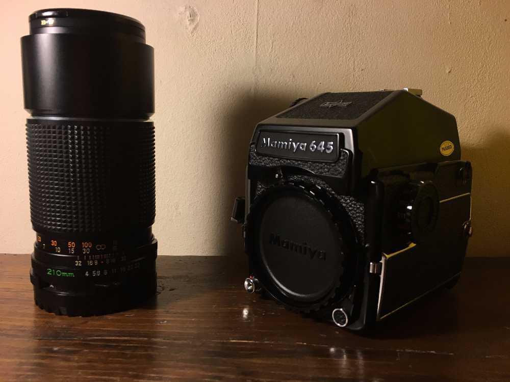 Mamiya 645 1000S Camera with 210mm Lens in london