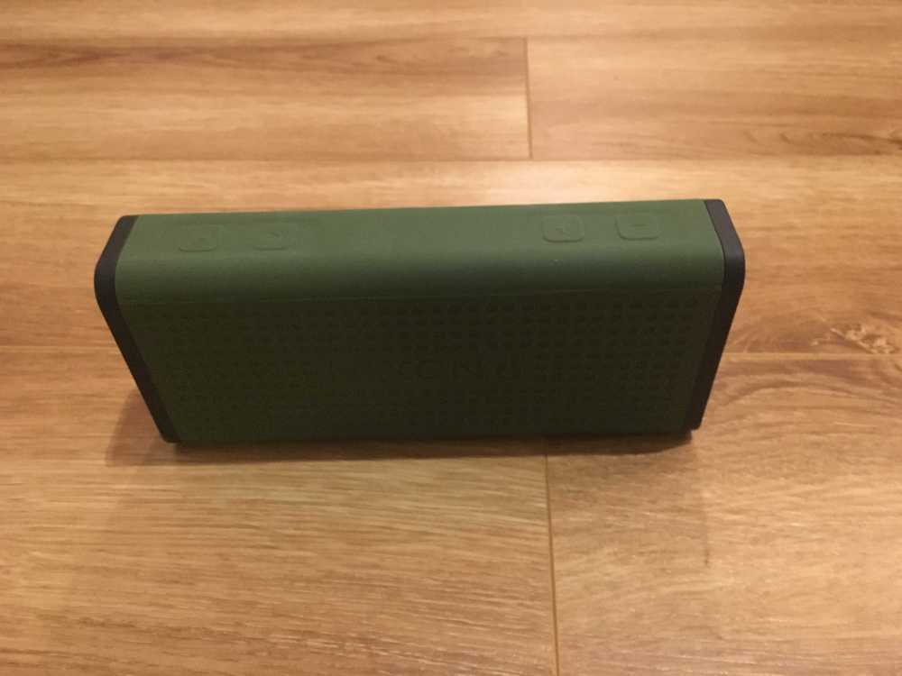 Nixon Blaster Bluetooth Speaker (rechargeable) in london