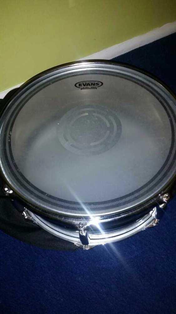 Pearl Snare Drum  in london