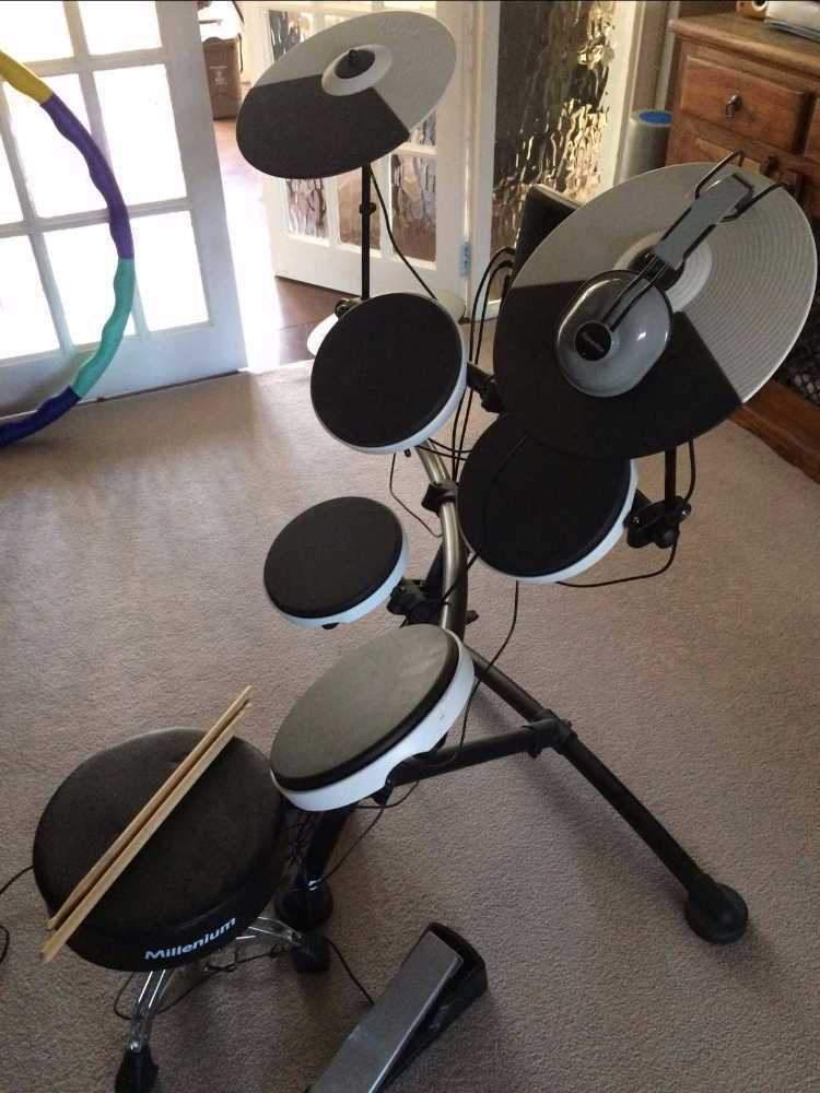 Roland TD-1K V-Compact electronic drum kit in london