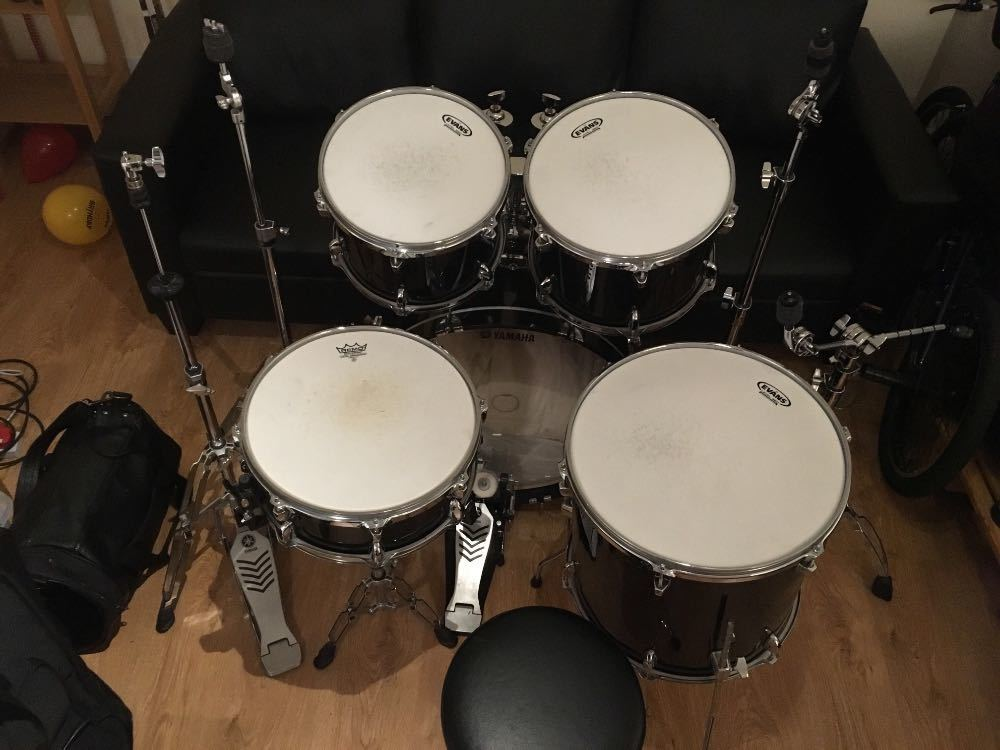 Yamaha Gigmaker Drum Kit and Hardware in london
