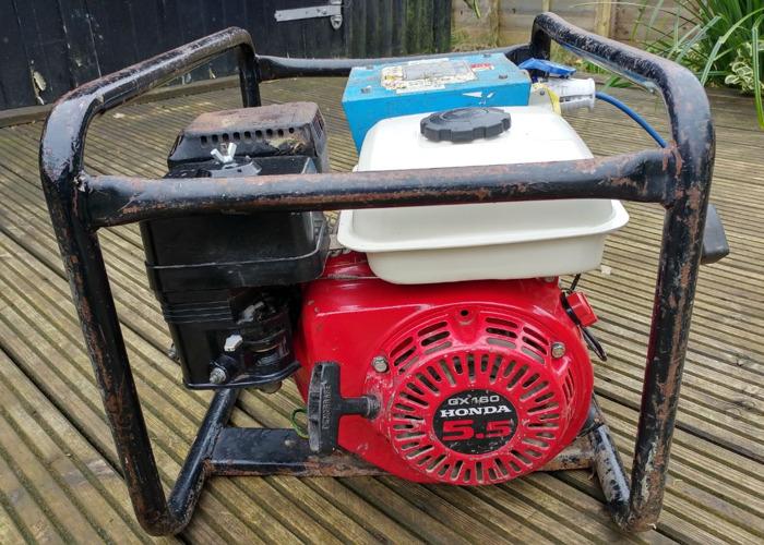 240 -110-honda-petrol-generator-30074799.jpg