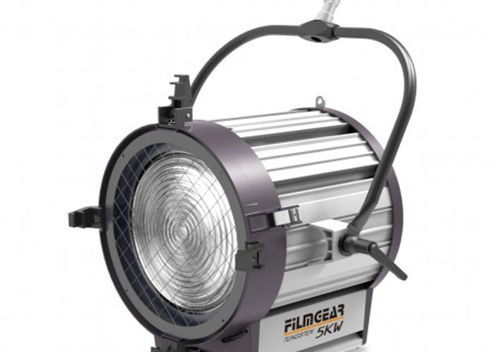 5k tungsten-lighting-83712974.jpg