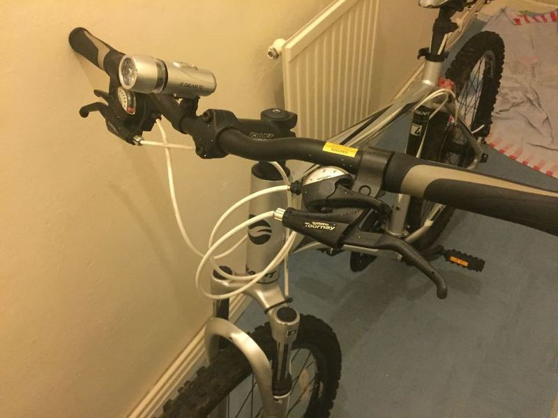 a giant-bike-76258712.jpg