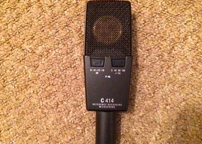 akg c414-studio-microphone-18656567.JPG