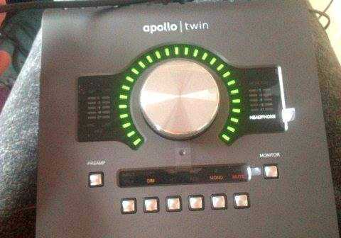 apollo twin-interface-40748841.jpg