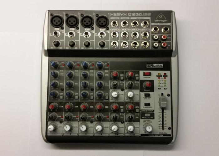 behringer xenyx-q1202usb-pa-and-studio-mixer-06752680.jpg