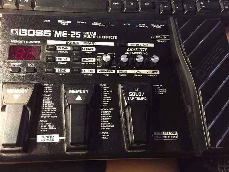 boss me25-guitar-multieffect-89163633.jpg
