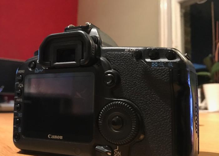 canon 5d-mk-ii-body-only-07038089.JPG