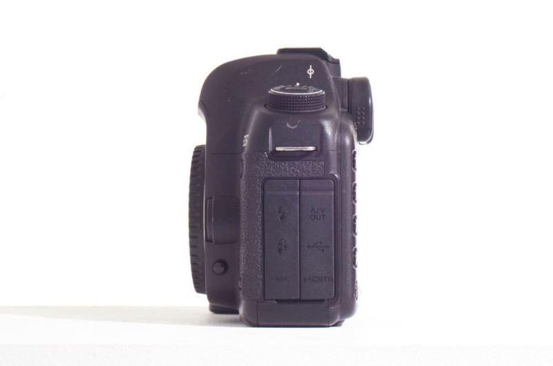 canon 5dmkii-63786732.jpg