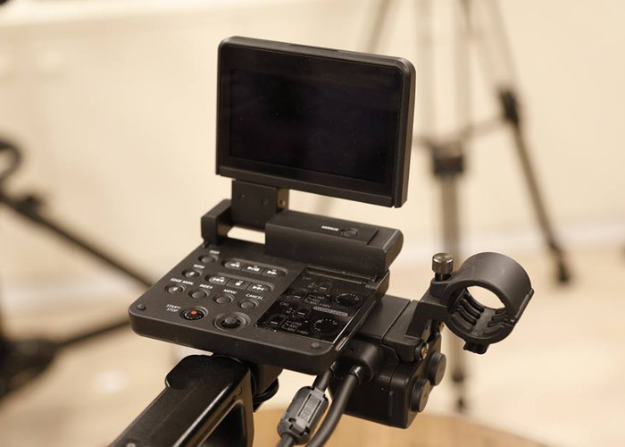 canon c300-mki-with-2-64gb-memory-cards-26232455.jpg