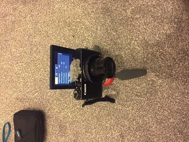 canon g7x-camera-51084783.jpg