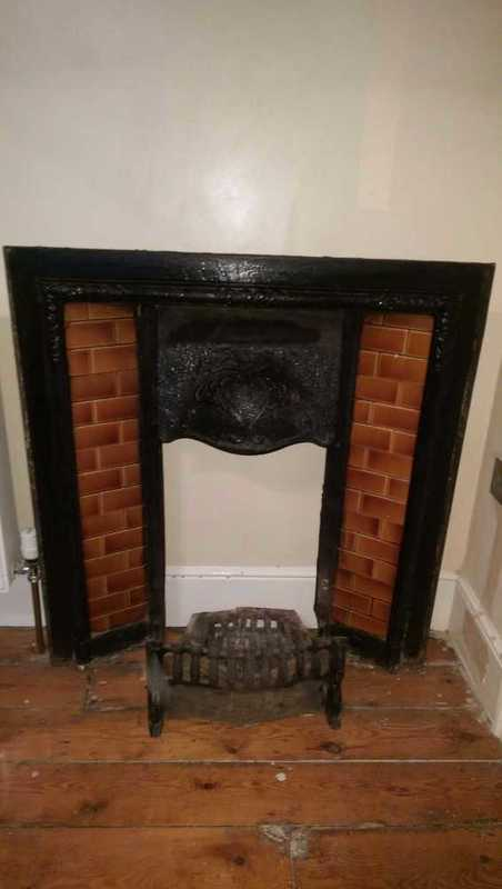 cast iron-victorian-fire-place-04566195.jpg