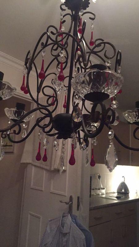 chandelier 72602678.jpg