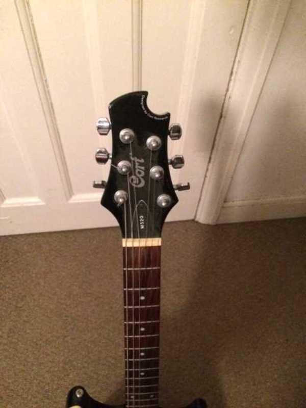 cort electric-guitar-90389246.jpg