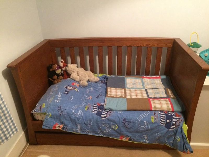 cot -day-bed--27725330.jpg