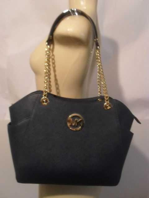 designer bag-70019695.jpg