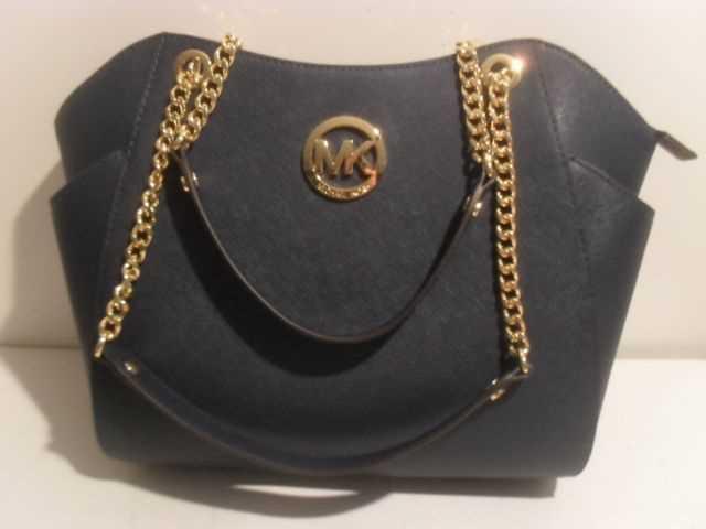 designer bag-90672845.jpg