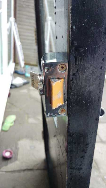 front door-20100369.jpg