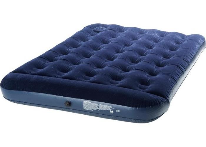 inflatable mattress--47226833.jpg
