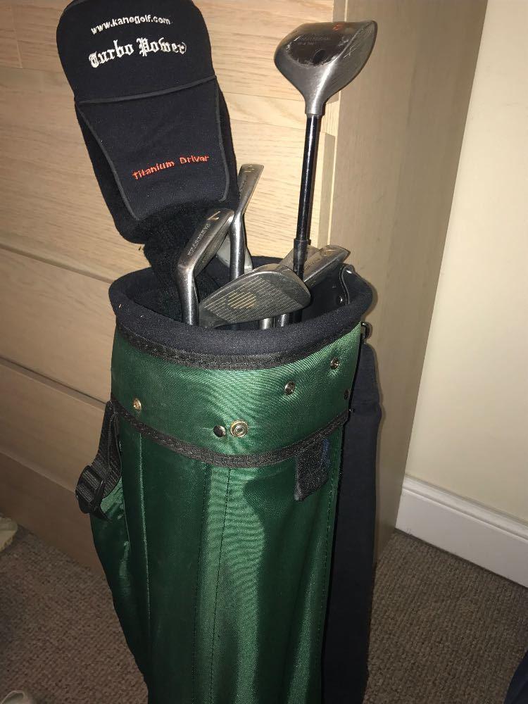 ladies golf-clubs-95483124.jpg