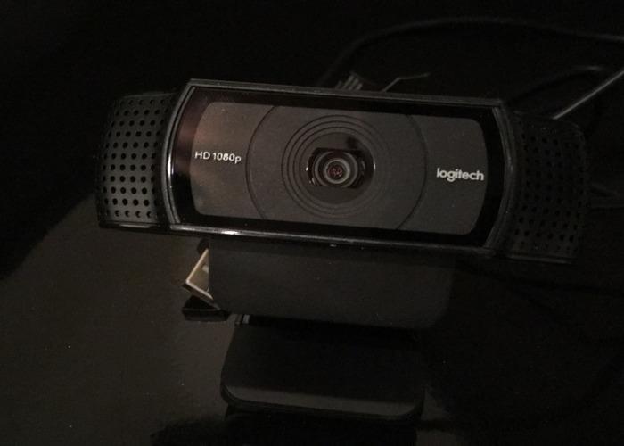 logitech c920-hd-pro-webcam-51666602.jpeg