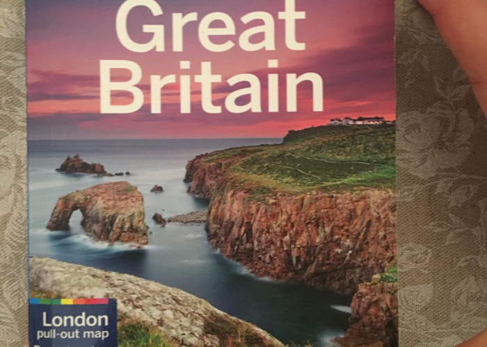 lonely planet--great-britain-03165632.JPG