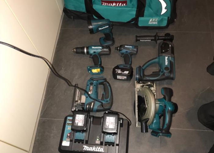 makitta tool-set--37988725.jpeg