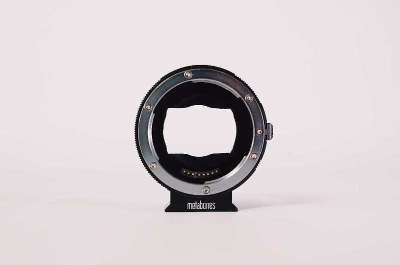 metabones canon-ef-lens-to-sony-e-mount-smart-adapter-09607736.jpg