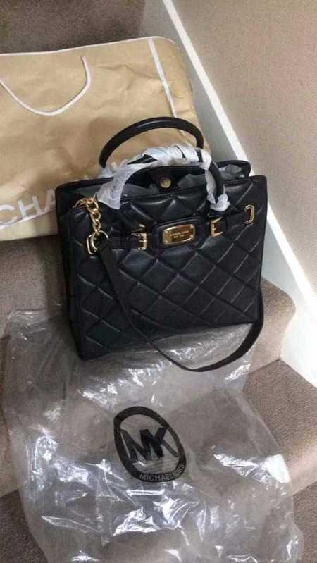 mk black-new-quilted-ladies-bag-03977809.jpg