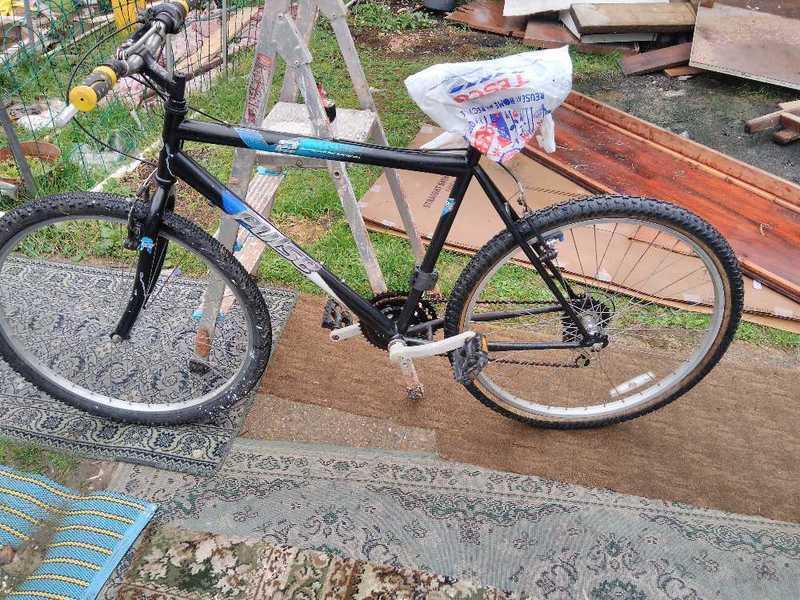 mountain bike-36847685.jpg