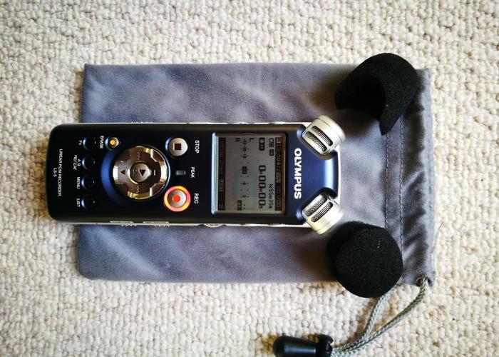 olympus ls5-digital-audio-recorder-18451040.jpg