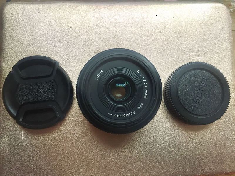 panasonic lumix-pancake-lens-20mm-17-73121547.jpg