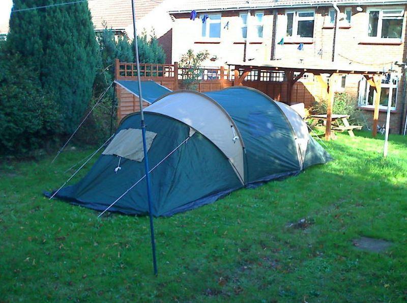 proaction 4-man-2-room-rent-blue-30365143.jpg