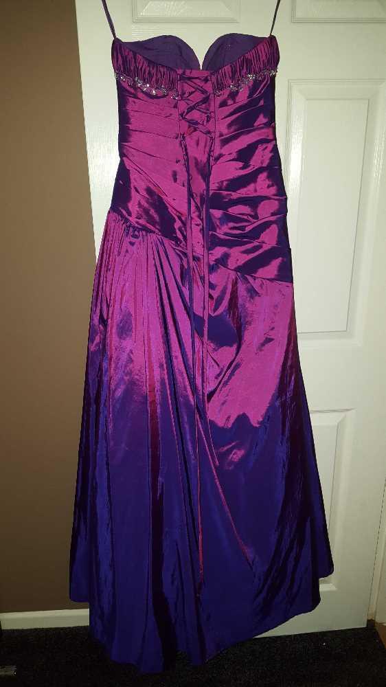 prom dress-14124989.jpg