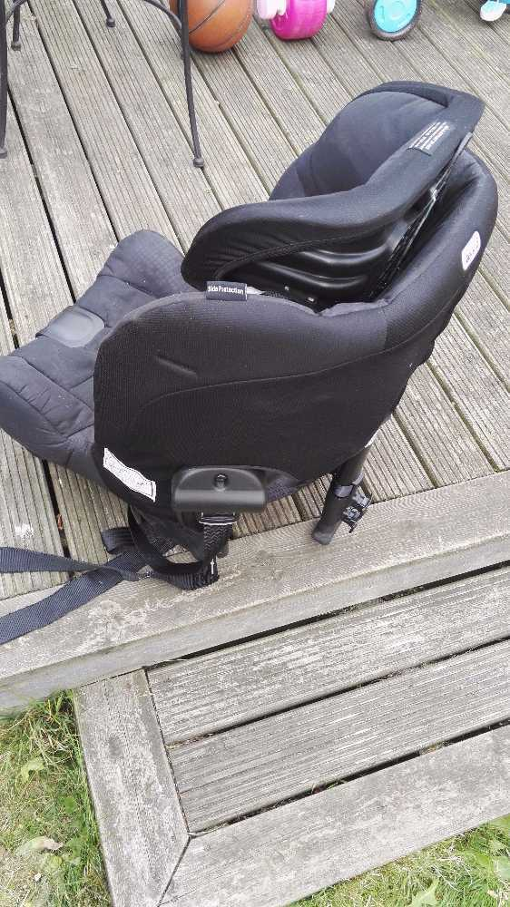 rearfacing carseat-axkid-minikid-black-925kg-56228139.jpg