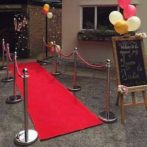 red carpet-with-posts-and-ropes-package-1-29674568.jpg