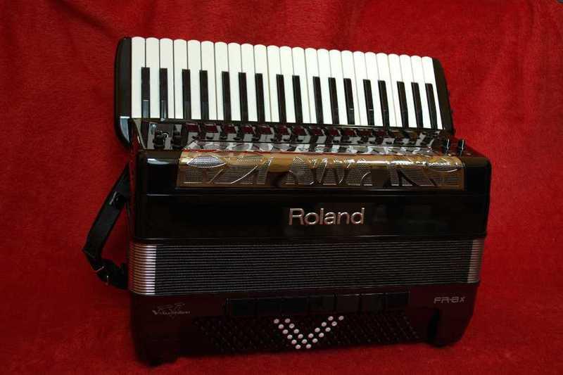 roland fr8x-09104342.jpg
