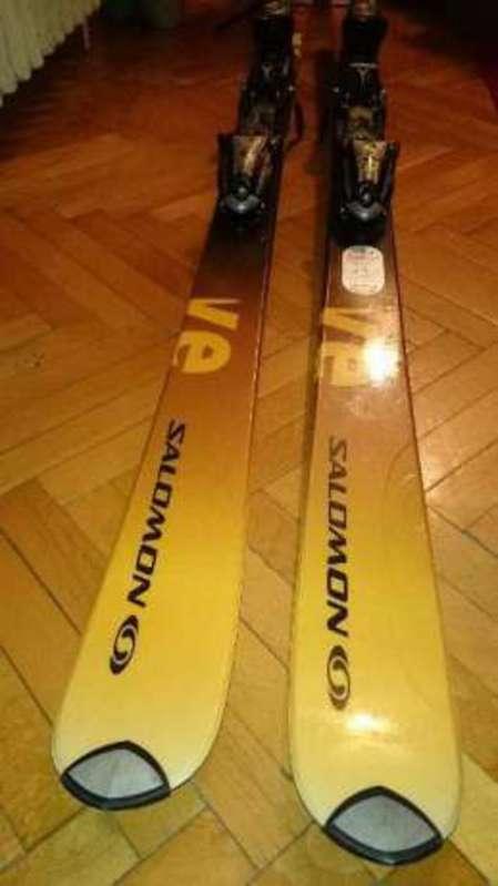 salomon skis-47579567.jpg