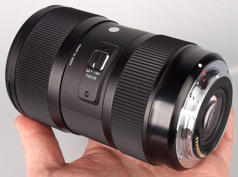 sigma 1835mm-f18-hsm-nikon-fit-71566780.jpg