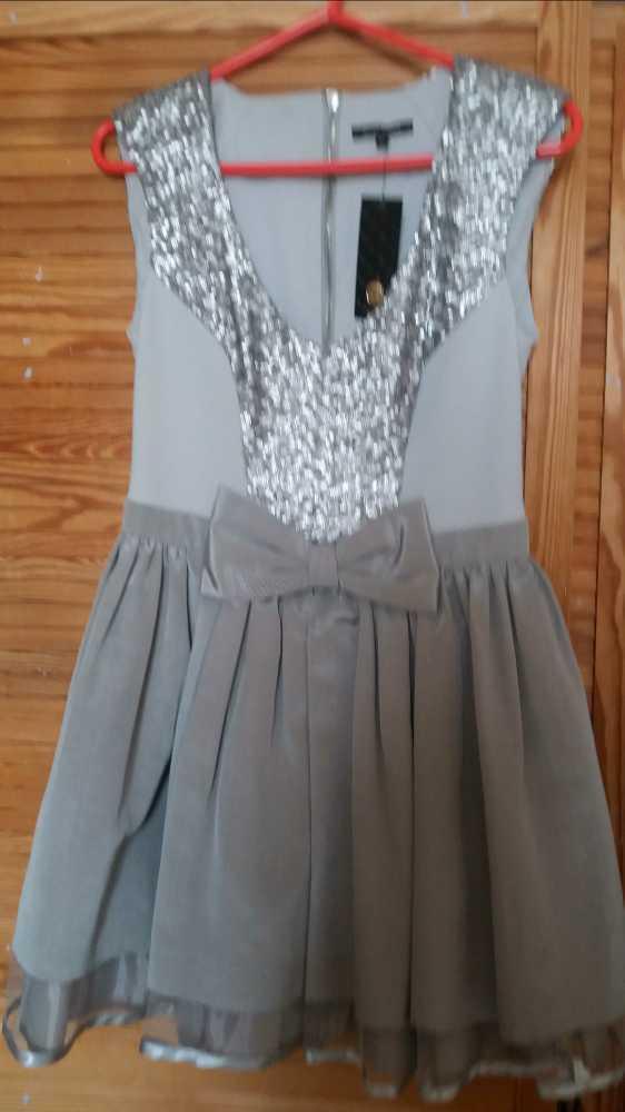 silver prom-dress--34016360.jpg
