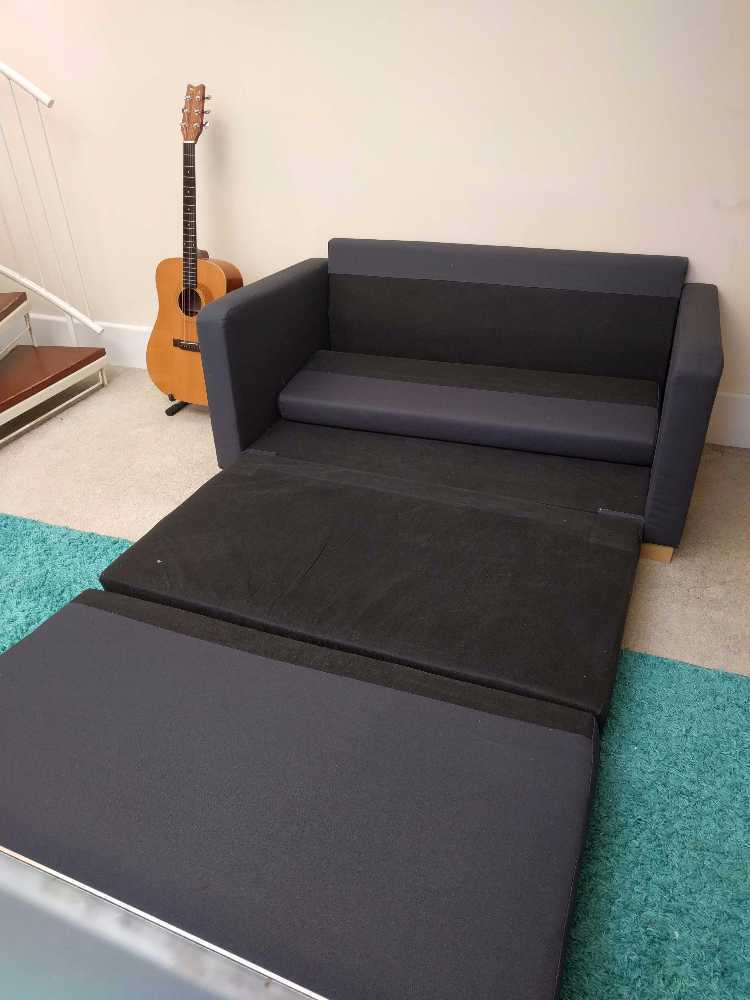 small sofa-pull-out-bed-31867219.jpg