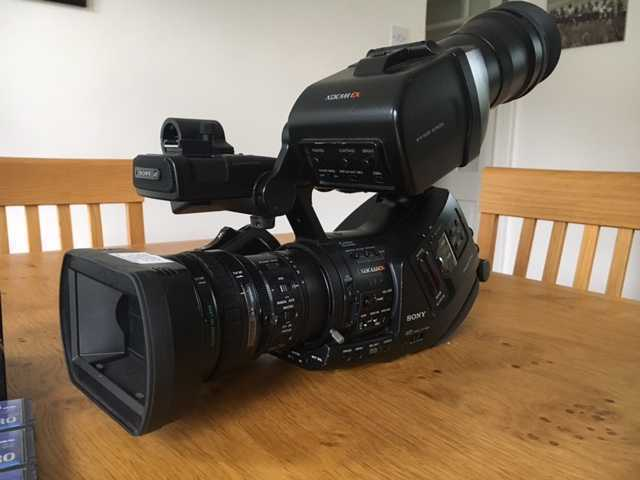 sony ex-3-professional-camcorder-97973726.jpg