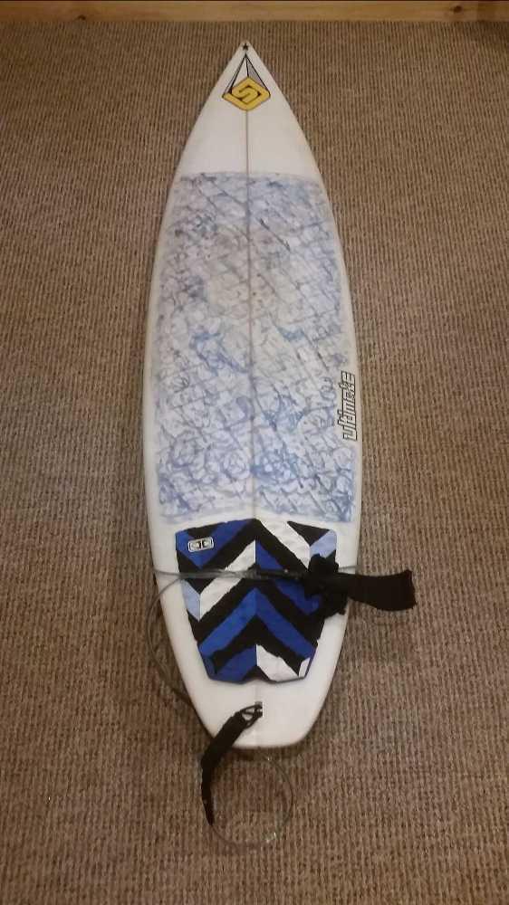 surf board-82910801.jpg